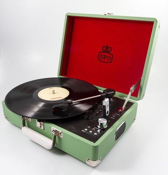 Reminiscencna pomocka gramofon zeleny