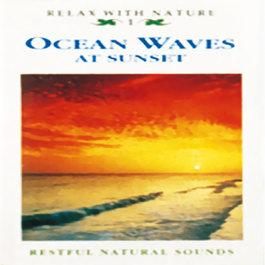 CD Vlny oceánu pri západe slnka