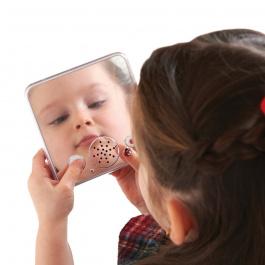 Hovoriace zrkadlo