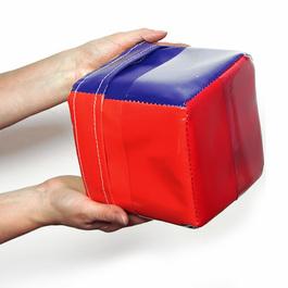 Interaktívny ovládač - Mini hovoriaca kocka
