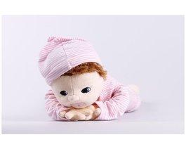 Terapeutická bábika Lilly