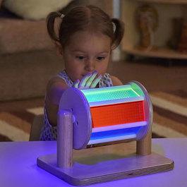 UV světélkující otáčivý buben
