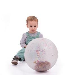 Velký míč s konfetami