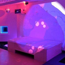 Vibroakustická vodná posteľ